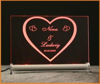 Herz - Herzchen + Wunschname + Datum LED Leuchtschild